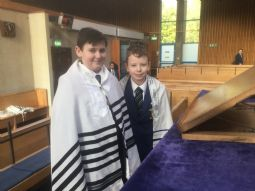 Year 9 RE Visit to Belfast Synagogue